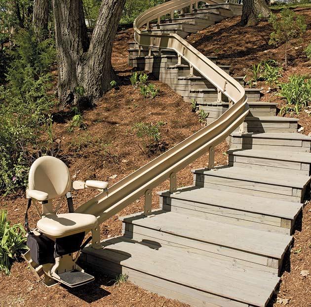 bruno outdoor stairlift